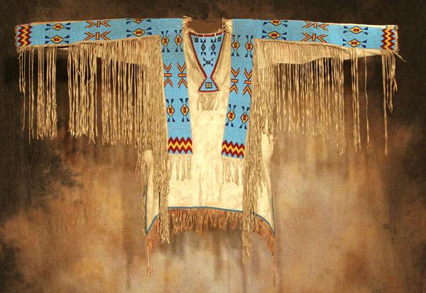 Brule-Sioux-War-Shirt.-2