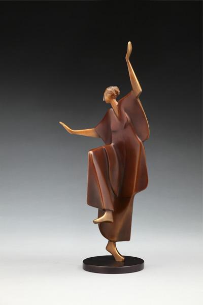 Carol Gold, Luna, bronze, 18 x 10 x 7.