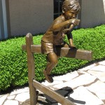 Jane Rankin, Toadly Cool, bronze, 48 x 33 x 18.